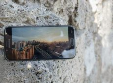 Samsung Galaxy J5 i J5 Pro (2017) dobijaju Android Pie